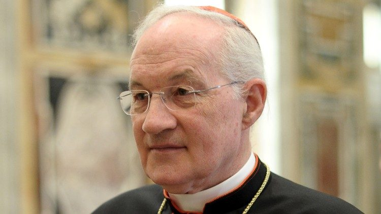 The Papolatry of Cardinal Ouellet